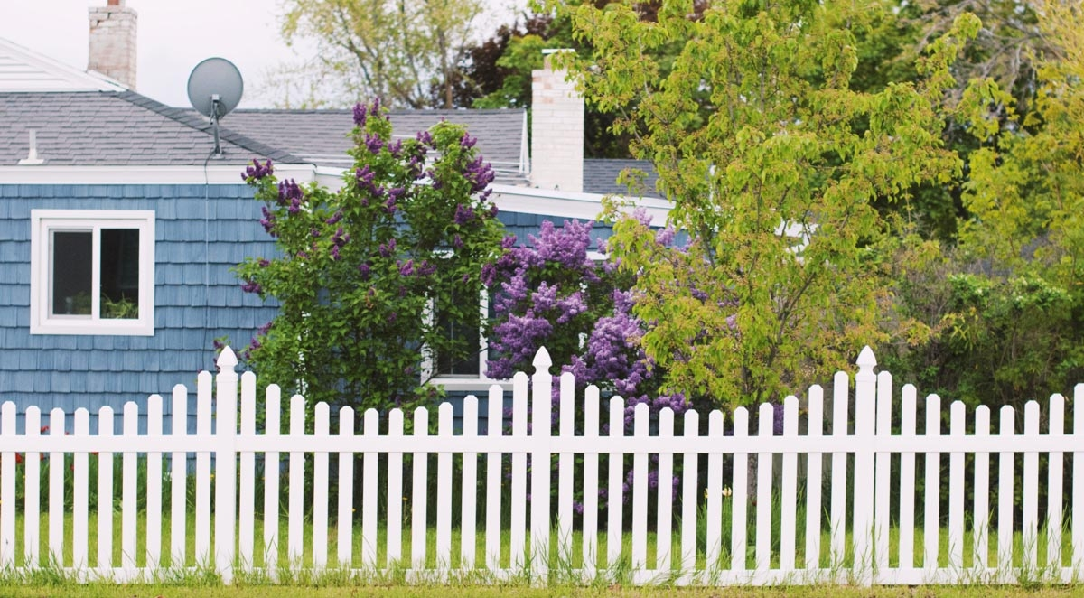 How To Pressure Wash Your Wooden Fence